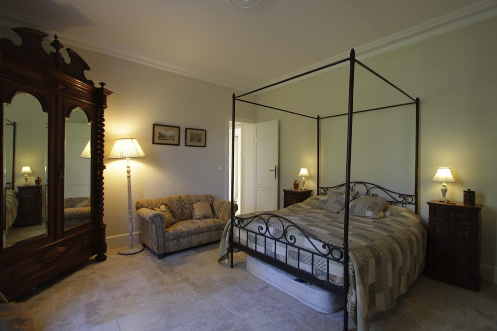 Apartment Master Bedroom The Image Kid Has It