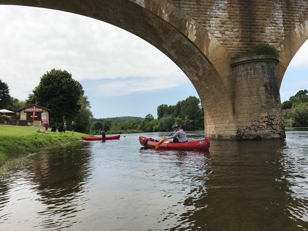 Canoeing the River Dordogne - stopping for a drink and ice-cream