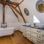 Chateau Master Bedroom Bathroom